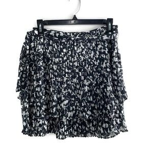 Saylor Black White Floral Played Tiered Mini Skirt